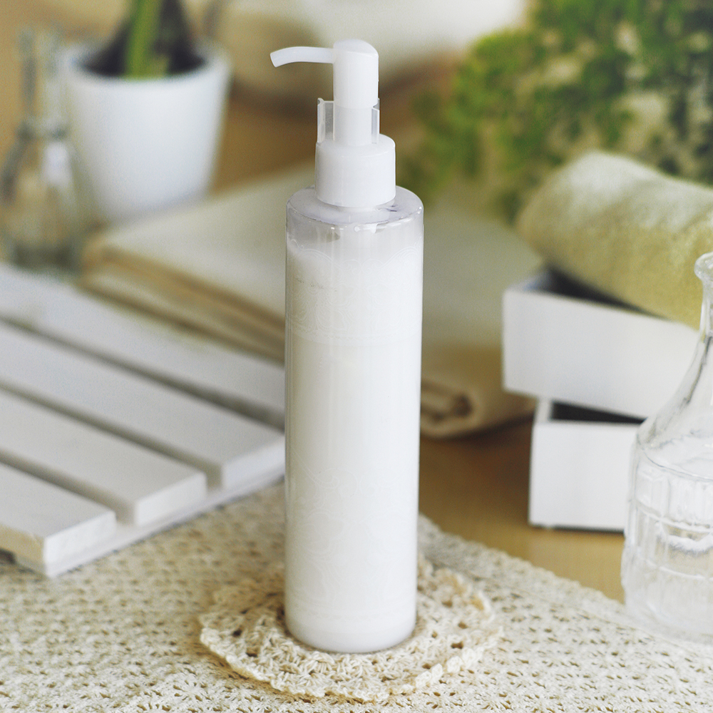 濃密なミルク成分配合。全身用ボディーミルクOEMのご提案・画像