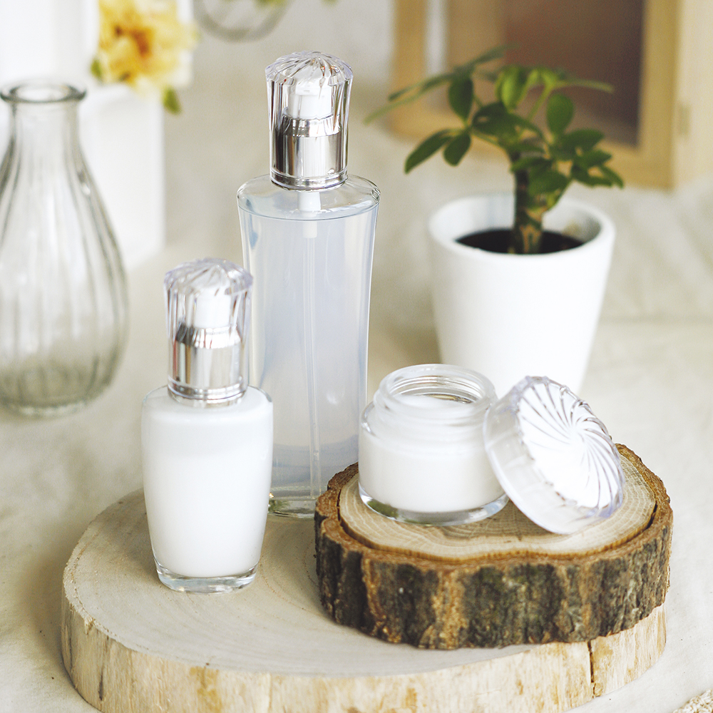 薬用美白美容液OEMのご提案・画像
